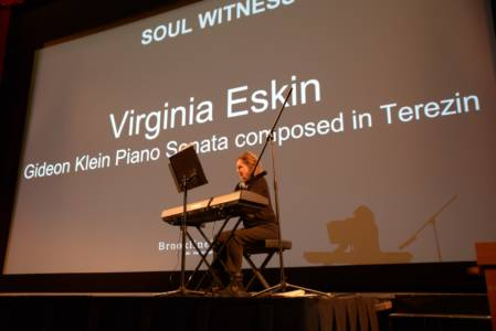 Solo Pianist Virginia Eskin