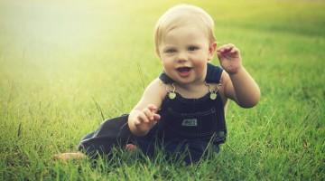 baby-in field